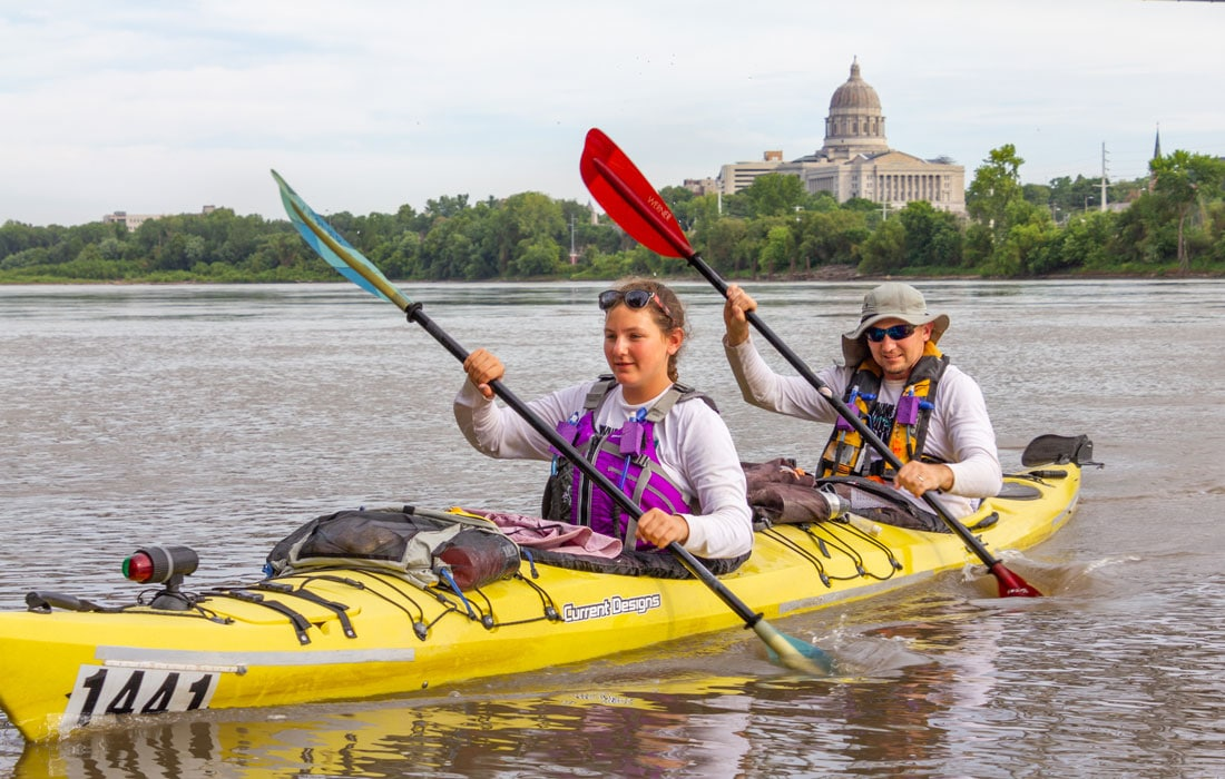 paddlers on the missouri river in jefferson city
